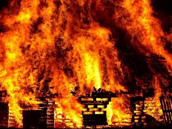 Chiêm bao thấy cháy nên đánh lô đề con bao nhiêu?