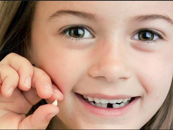 Mơ thấy gãy răng là điềm báo gì