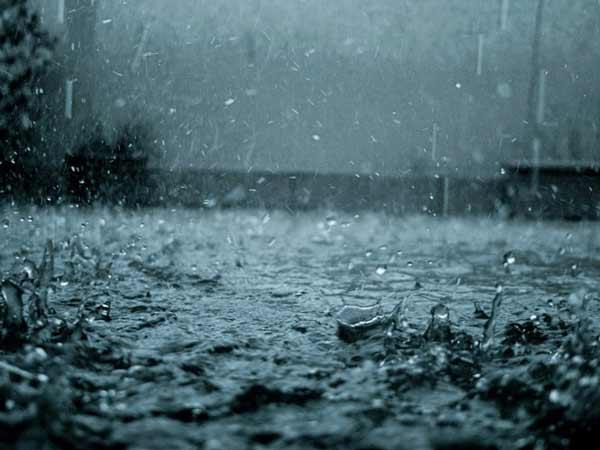 Chiêm bao thấy mưa nên đánh lô đề con bao nhiêu?