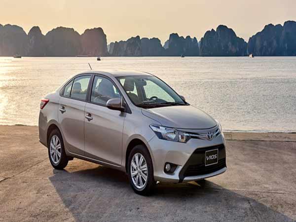 Tìm hiểu bảng giá xe ô tô Toyota