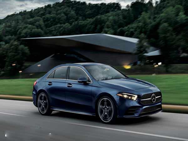 Giá xe Mercedes mới nhất trong tháng 6 tại Việt Nam
