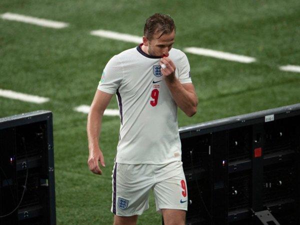 Tin bóng đá tối 21/6: Southgate đảm bảo vị trí cho Harry Kane