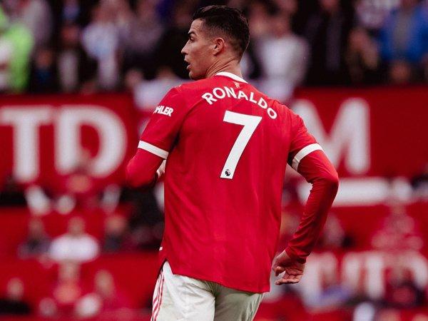 Tin bóng đá sáng 13/9: Solskjaer lên tiếng cảnh báo Ronaldo